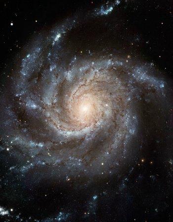 銀河はなぜ渦巻き型をしてるのですか。