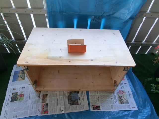 haushaltstipps alte m bel neu lasieren. Black Bedroom Furniture Sets. Home Design Ideas